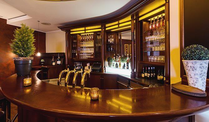 Hotelbar im Ostfriesenhof mit großer Auswahl